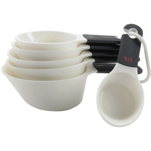 Oxo 76182 Good Grips Set of Measuring Cups, 6-Piece Set, White