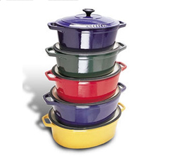 Chasseur Enamel Cast-Iron 8 Qt. Oval Dutch Oven 13 3/4 x 10 1/2 x 4 3/4D