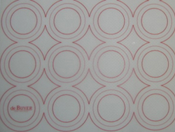 de Buyer Silicone Baking Mat 12x16 with circle marking guide