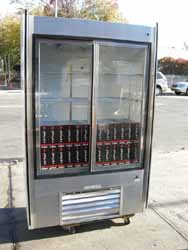 Leader Refrigerated Soda Case Used Excellent Condition