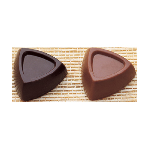 Martellato Polycarbonate Chocolate Mold, Convex Triangle, 33mm x 15mm High, 24 Cavities