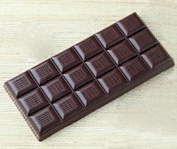 Polycarbonate Chocolate Mold 18-Part Tablet 69x149mm x 11 H.; 3 Tablets on Mold