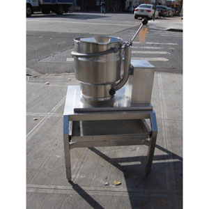 Groen Self Contained Steam Jacketed 20 Qt Kettle Used