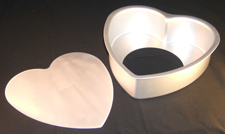 Fat Daddio's Anodized Aluminum Heart Removable Bottom Cake Pan 8 Across x 3 Deep