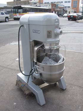 Hobart Mixer 60 Qt With Bowl Guard Model H600t New Used