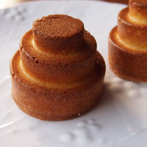 Tiered-Cake Dessert