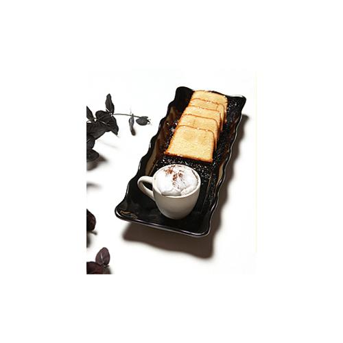 Melamine Display Tray, Scallop Edged, Bake & Brew Series