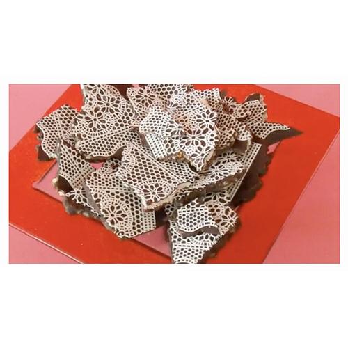 Sugarveil Lace Mat