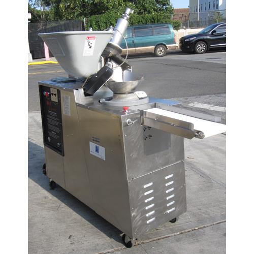 AM Manufacturing Scale-O-Matic Dough Divider and Rounder S300