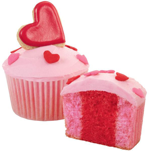 Wilton Faithful Hearts Cupcake