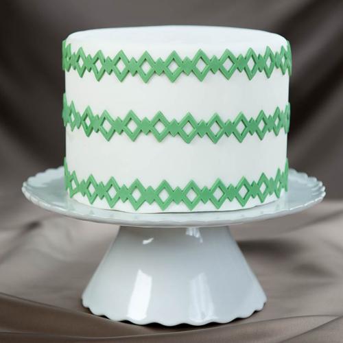 Double-Diamond Cake