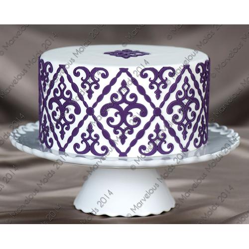 Filigree-Damask-Pattern Cake