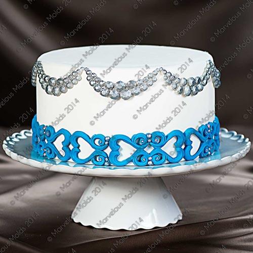 Bellissimo-Scroll Cake