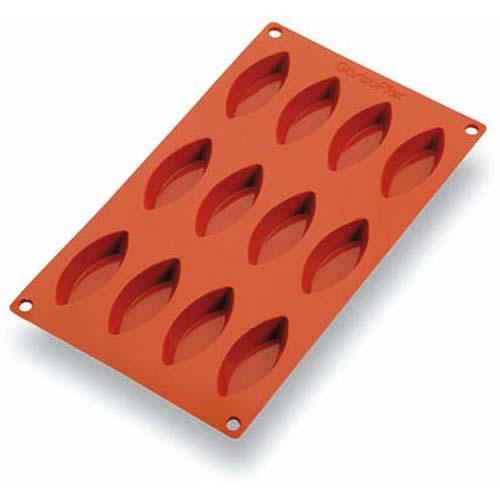 "Matfer Gastroflex Silicone Bakeware Boat Mold 2-7/8"" x 1-1/4"" x 1/2"" High, 12 Cavities 257980"