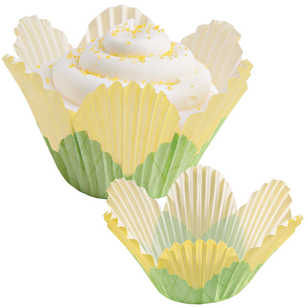 Wilton Yellow Petal Disposable Paper Baking Cups, 24 Count 415-1443