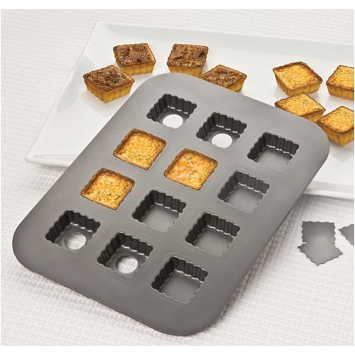Chicago Metallic Lift & Serve Removable Bottom Single Fluted Squares Nonstick Pan, 1-3/4 x 3/4
