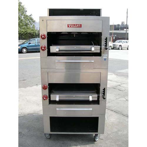 Vulcan Double Section Heavy Duty Gas Cheramic Broiler Model # HCB2