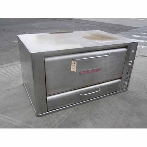 Blodgett Deck Oven Gas Model # 966 - Used Mint Condition