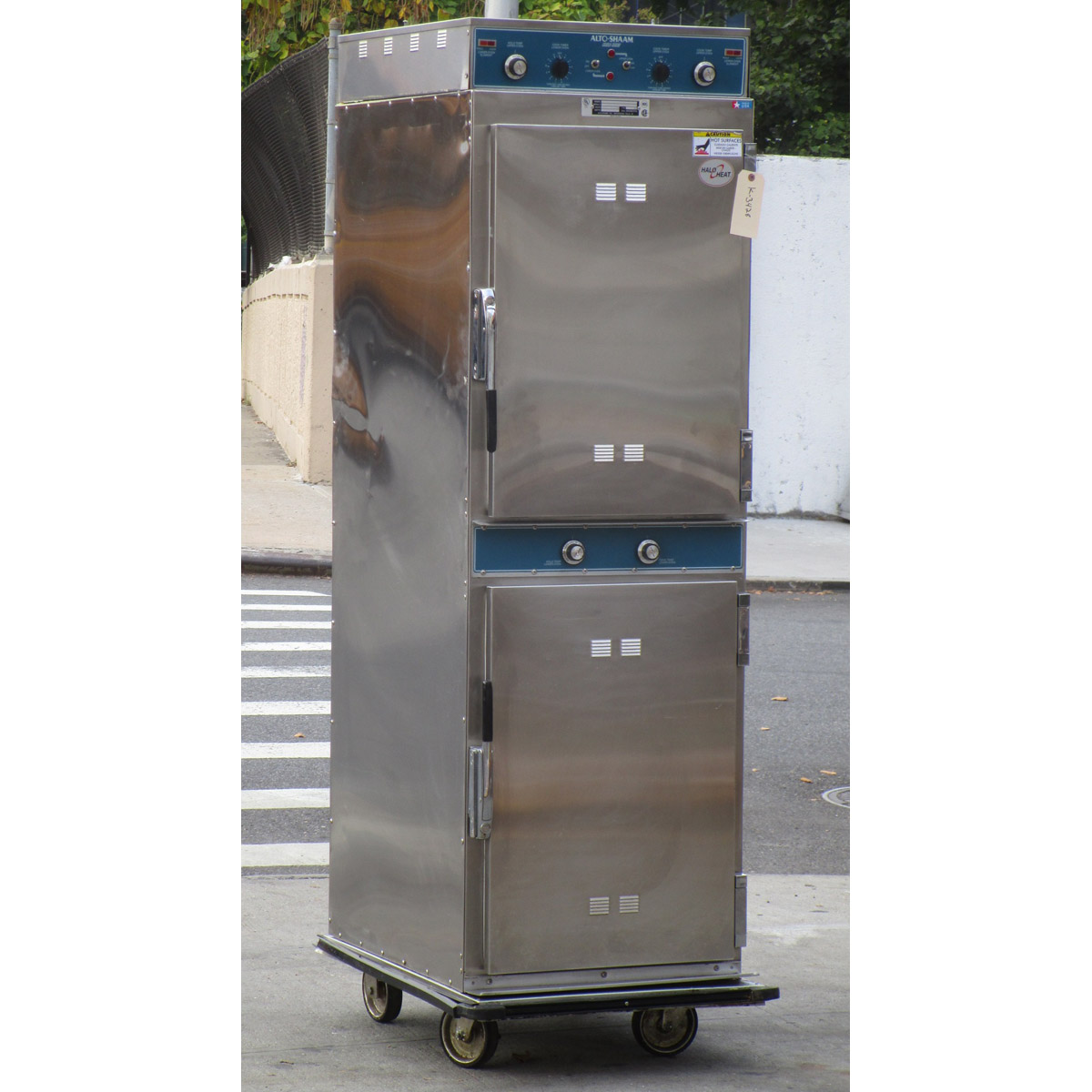 Check out the Alto Shaam Cook Hold Oven Very Good Condition Product Photo