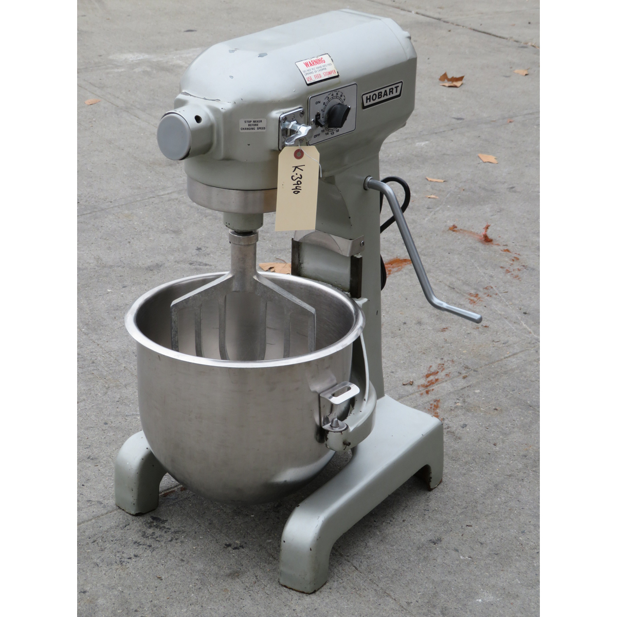 Hobart 20 Quart A200T Mixer with Timer, Used Excellent Condition on