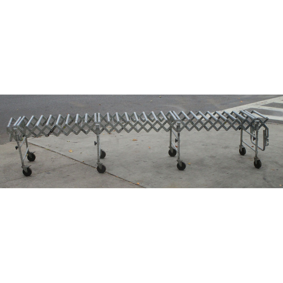 Nestafle-Roller-Conveyor-Expandable-Up-To-Feet-Very Product Image 1556