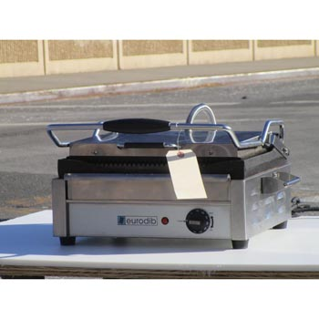 "Eurodib SFE02345-240 14 1/2"" Single Panini Grill with Grooved Plates, Excellent Condition"